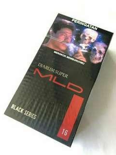 Rokok Djarum Super MLD Black isi 16