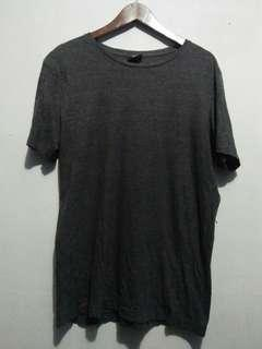 H&M tee size L 97%