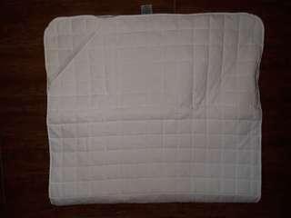 Curity Baby Mat + Neck Pillow