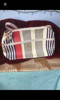 Meduim Sling bag