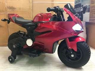 Metallic Red Ducati Rechargeable Ride On Motorcycle Big Bike Motorbike with Rubber Tires