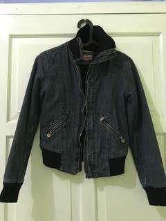 Foster Moon (Jeans Jacket)