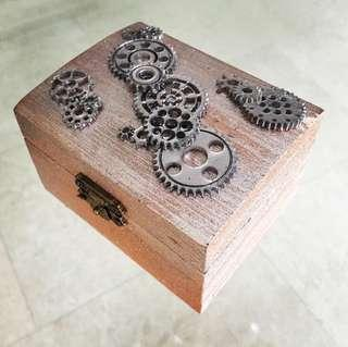 Sparkling Metallic Elements Gears ~ Gift Box
