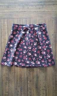 Floral skater skirt *Forever 21*