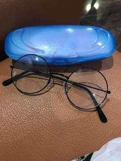 Kaca Mata Bulat
