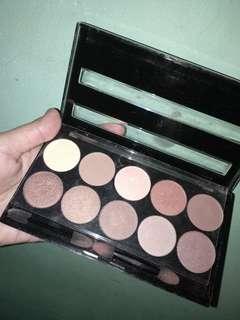 W7 Eyeshadow Pallete