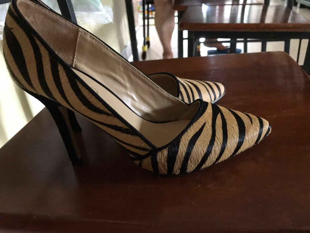 1295e92ef41e Also animal print heels, Women's Fashion, Shoes, Heels on Carousell