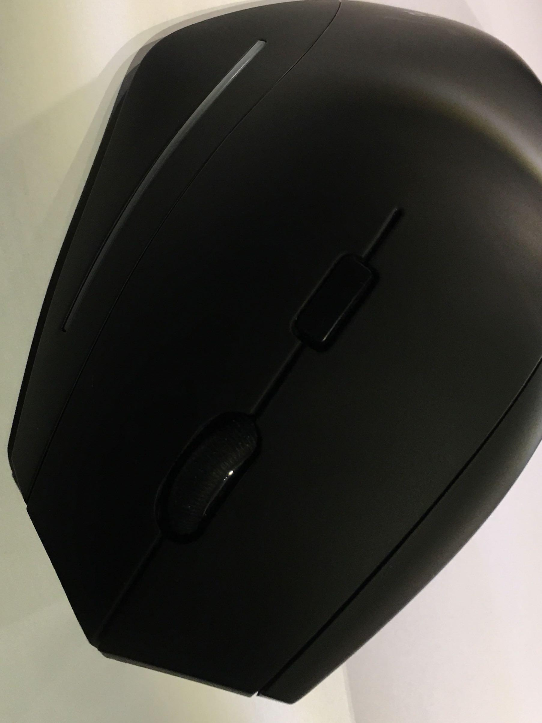 Anker wireless vertical mouse, Electronics, Computer Parts