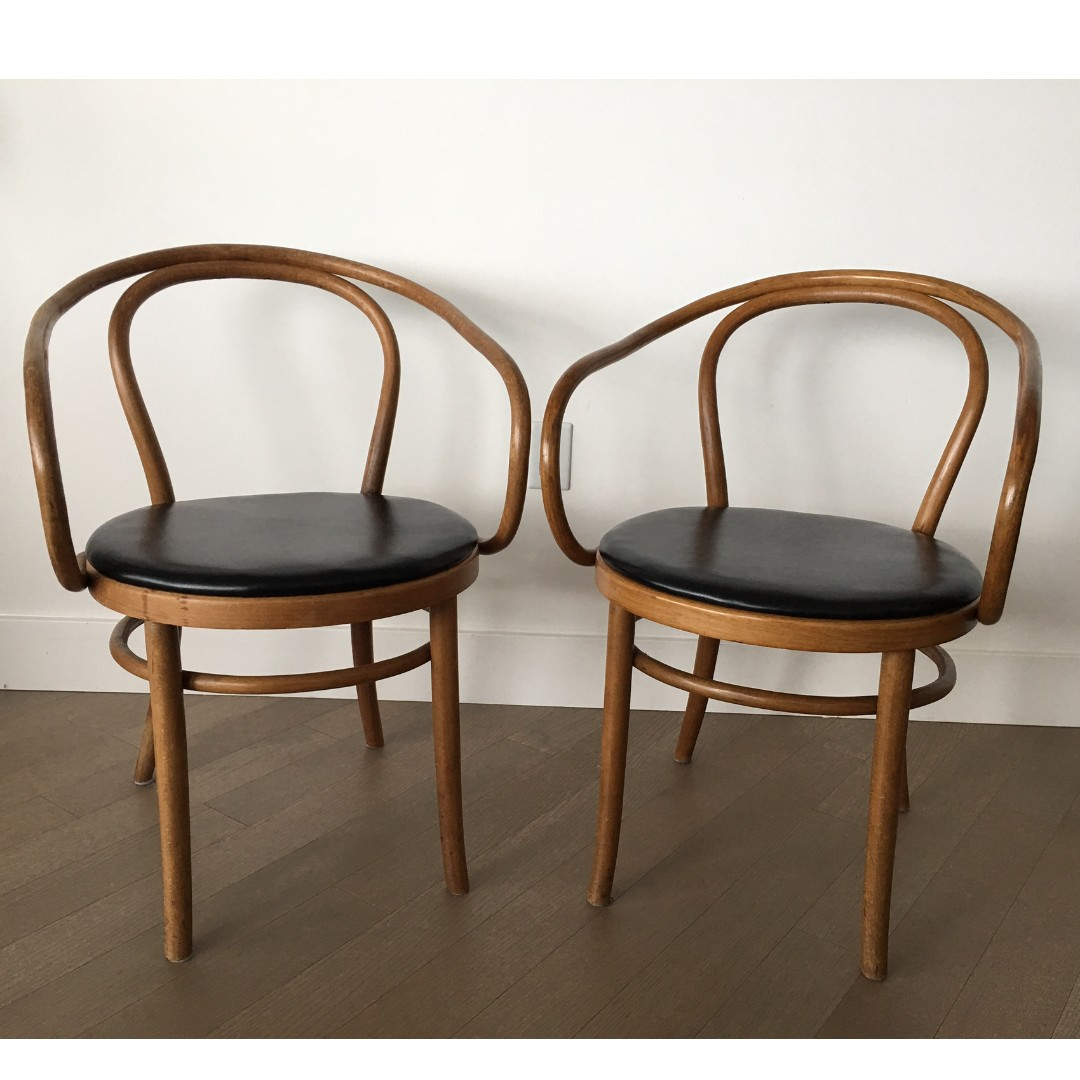 Authentic Thonet Chair X2 Bentwood B 9 By Michael Thonet