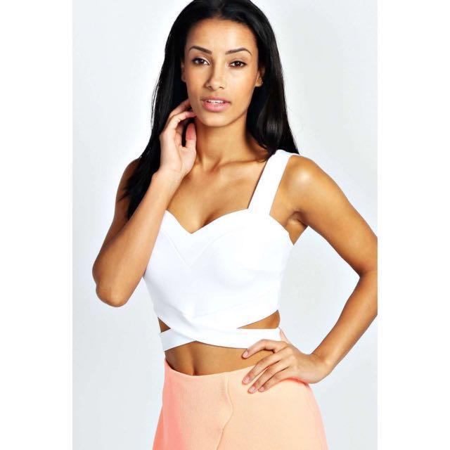 c485de1a278 BOOHOO Petite Sally Cut Out Bralet WHITE - UK4, Women's Fashion on ...