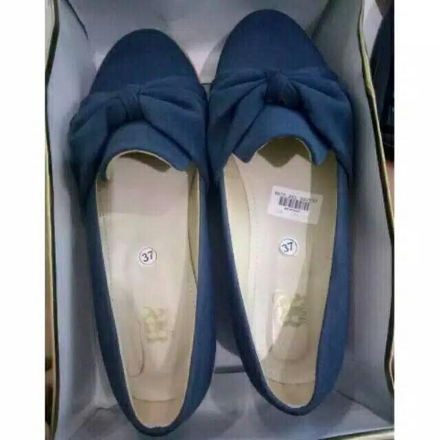 fd081f80ef Beranda · Fesyen Wanita · Sepatu. photo photo photo photo
