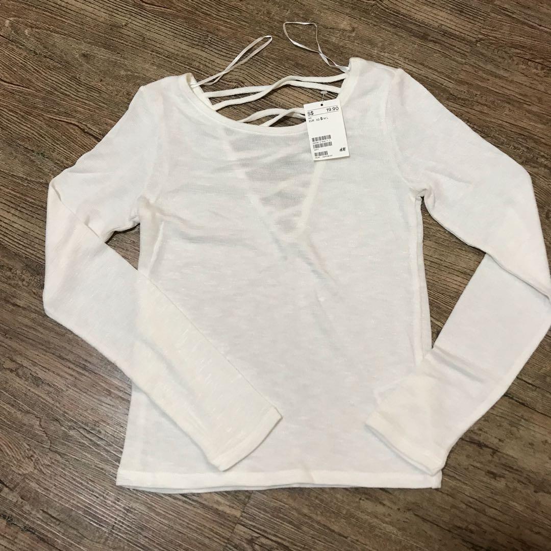3504deb0e2e609 H&M WHITE LONG SLEEVE TOP, Women's Fashion, Clothes, Tops on Carousell