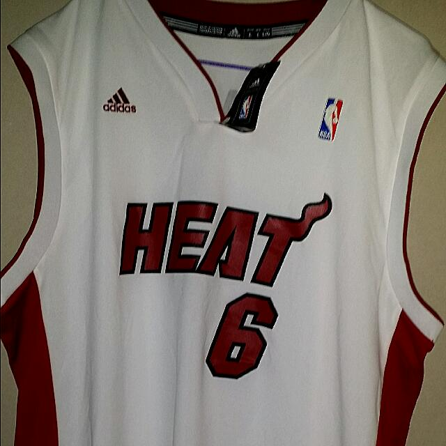 new styles d6077 4db48 Miami Heat Lebron James Jersey