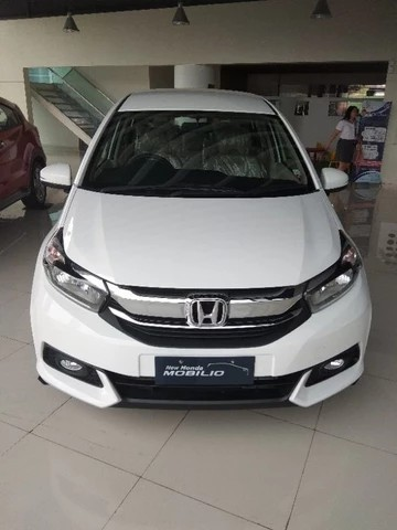 Mobilio S Mt Total Dp 6jt Cars Cars For Sale On Carousell