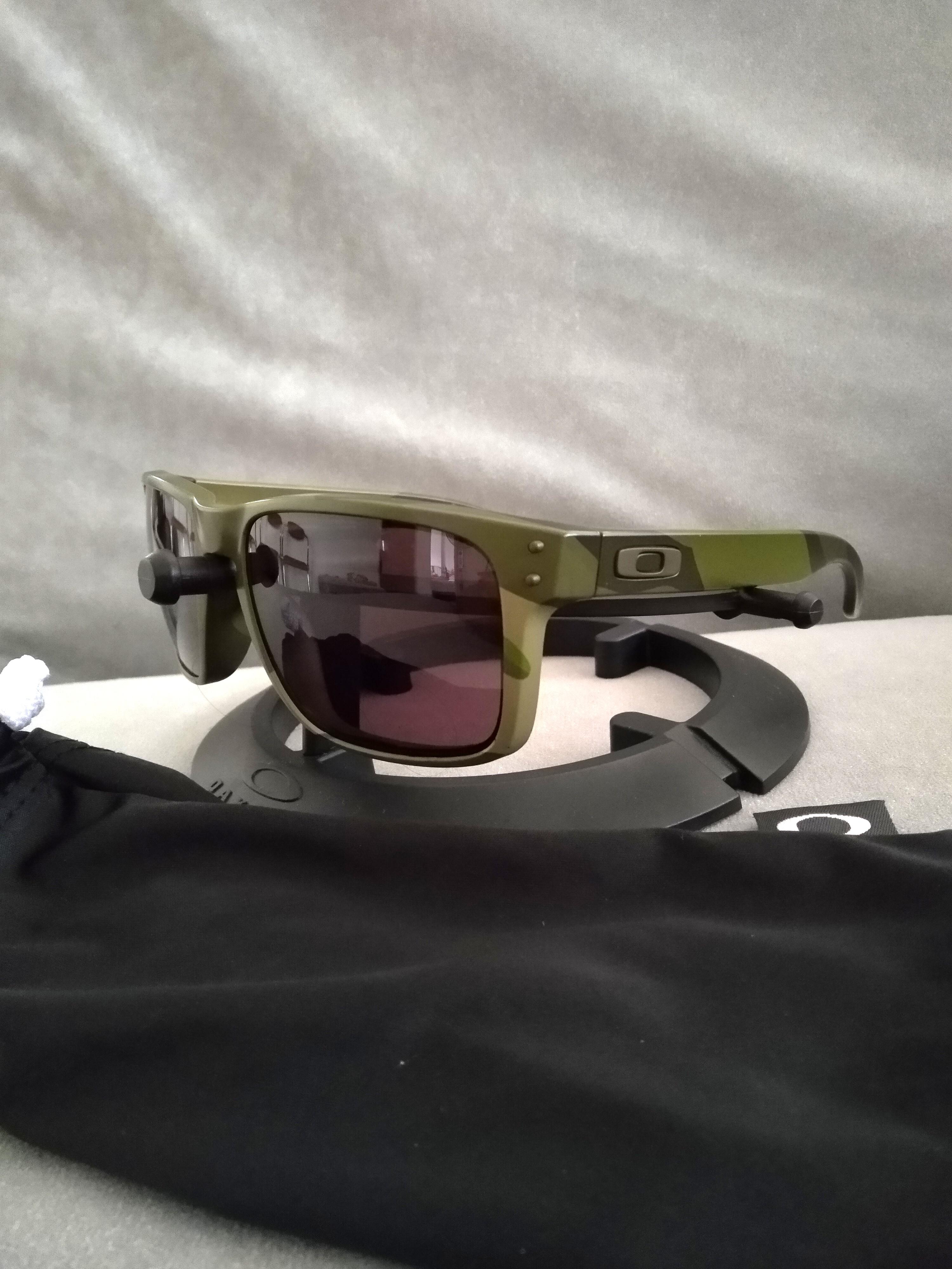 b61674007b Oakley holbrook multicam tropic camo frame grey lens oo9102-b4 ...