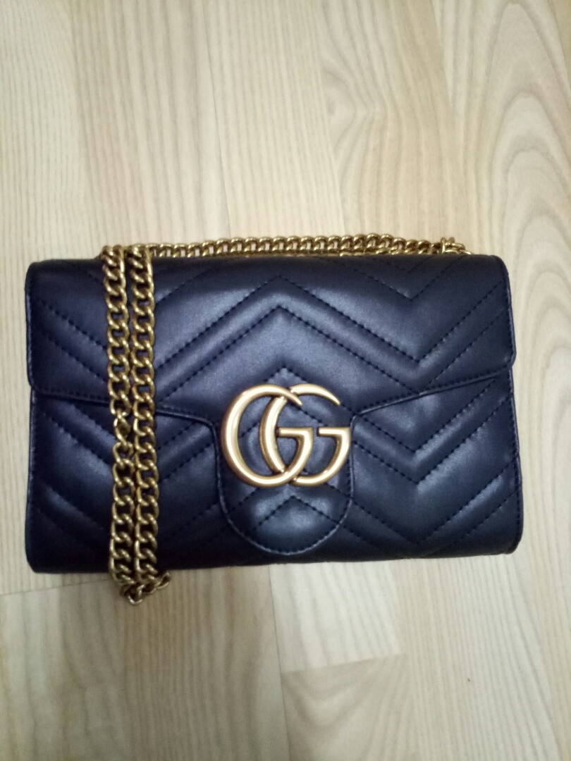 9bcb340a700d Premium Gucci GG Marmont Matelasse Goldsmith Chain Cross Bag, Luxury ...