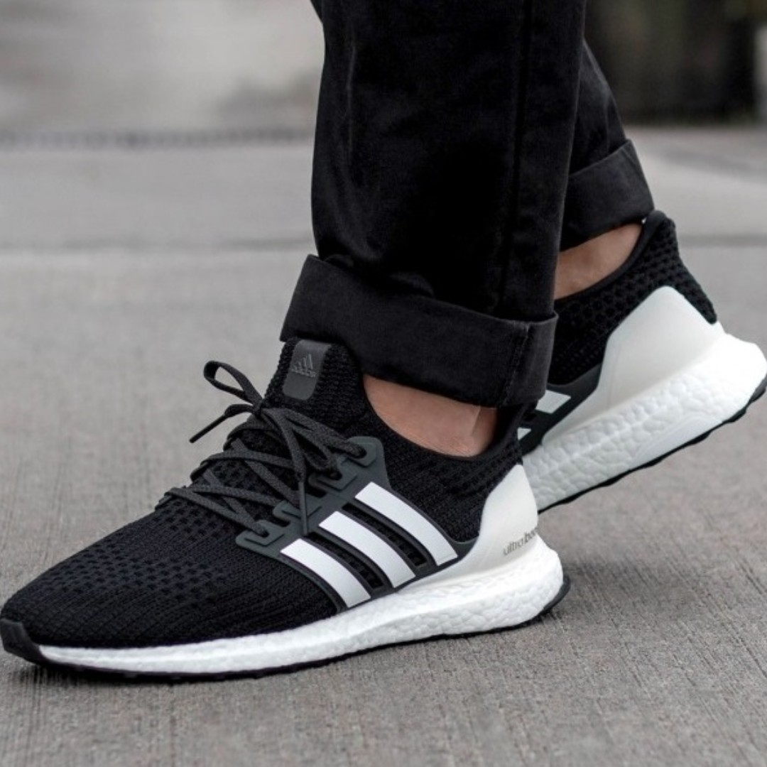 4113785713e7c PO) Adidas Mens Ultra Boost 4.0  Show Your Stripes