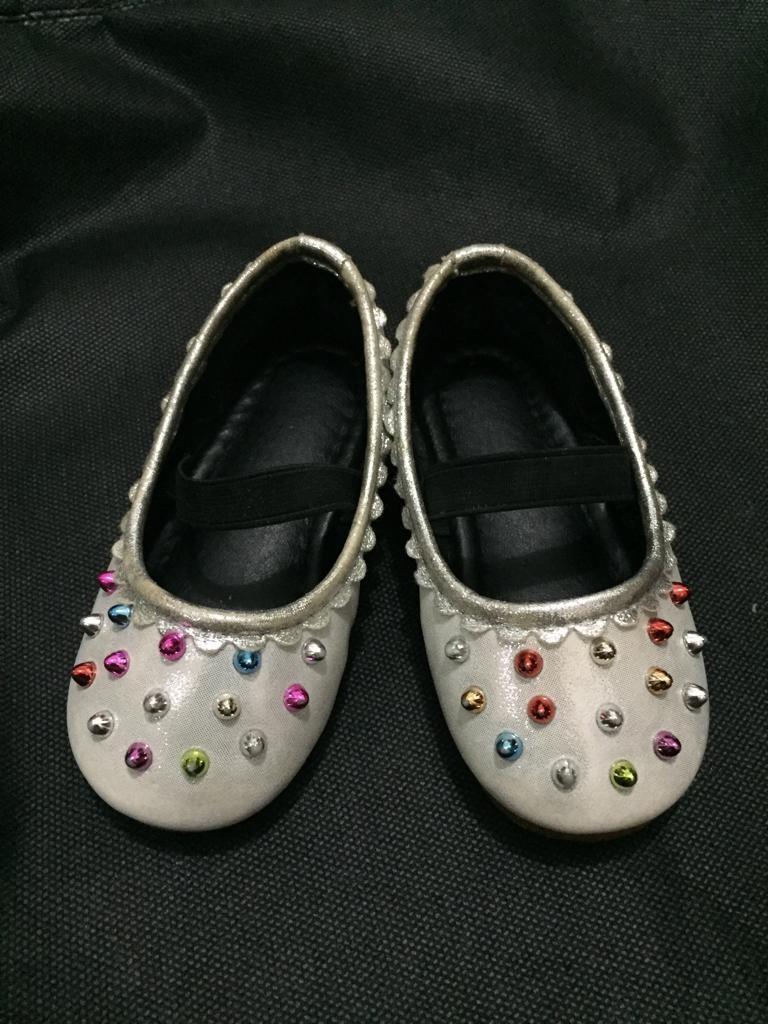 Sepatu balet silver manik, size 23