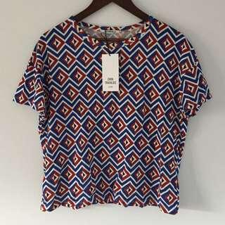 Brand new Zara small tshirt geometric bold