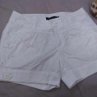 🚚 《待上架》Hang Ten 白色休閒短褲