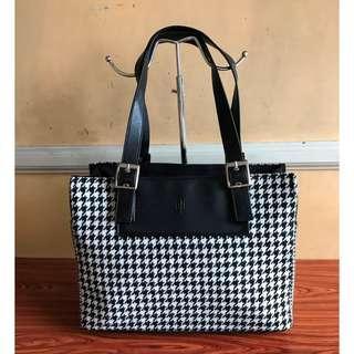 RALPH LAUREN Brand Shoulder or Hand Bag