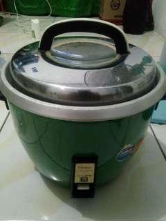 Rice cooker antik