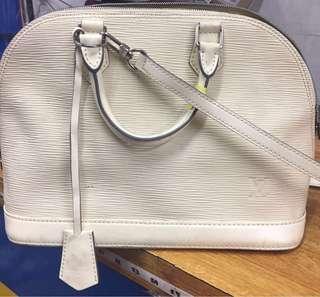 Louis Vuitton Alma PM in Epi leather shoulder/ hand bag