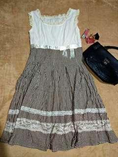 White and brown checkered dress ❤❤❤
