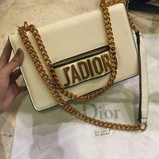 J'ADIOR premium slingbag