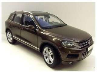 1:18 Kyosho Volkswagen Touareg TSI 2010  - Graciosa Brown Metallic - 08822GBR diecast model 99%新 (靚)