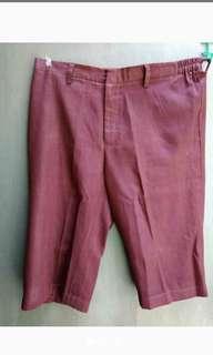 (Reprice) Preloved Celana Pendek Kain Maroon Size 32-33