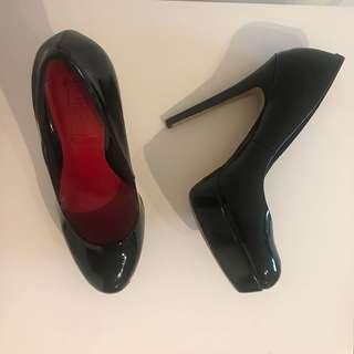 SIREN Patent leather pumps