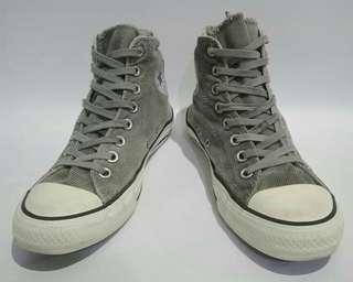Converse Corduroy Grey