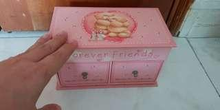 Forever Friends pink jewellery box