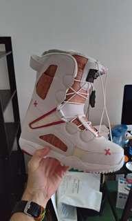 Women Snowboard shoes