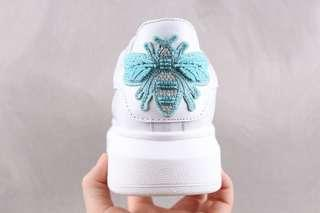 Alexander McQueen Oversized Sneakers - Bee 'White / Blue'