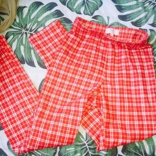 ✨ red checkered pants size 4