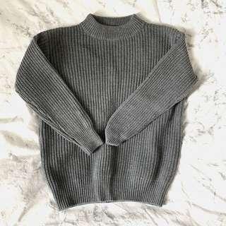 灰色冷衫🖤🖤