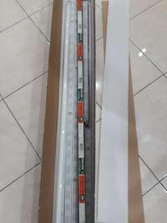 Fluorecents tube 36w 4ft (rm8 for all 10)