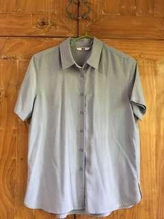 Uniqlo button up shirt