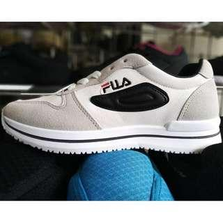 Sepatu Fila Warna Light Grey White
