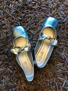 Silver Formal Shoes Rustanette brand