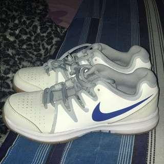 100% Original Nike Vapor Court