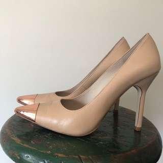 wittner // pointed heels