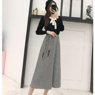7010163 新款韓版復古時尚綁帶蝴蝶結針織上衣+高腰顯瘦綁帶格子長裙套裝