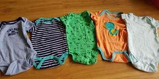 Carters rompers 0-3mths Set A