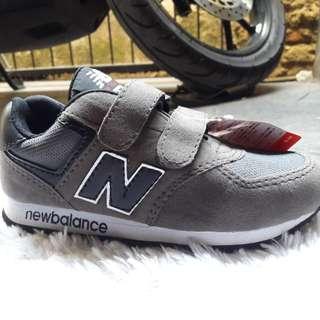PROMOO!!! Sepatu Anak New Balance
