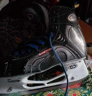 Easton Synergy 500 Skates