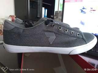 Sneaker kalibre original