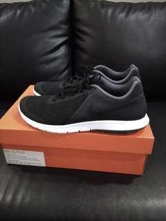 Jual Sepatu Nike original Size 44 like new
